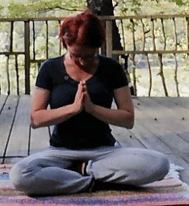 Chakra Körperübungen, Stilles Gebet, Halschakra, Lebensfreude Praxis, Chakra Yoga